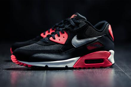 NIKE AIR MAX 90 ESSENTIAL BLACK/WOLF GREY-ATOMIC RED-ANTHRACITE