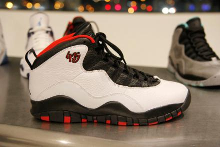 NIKE AIR JORDAN X RETRO CHICAGO #45