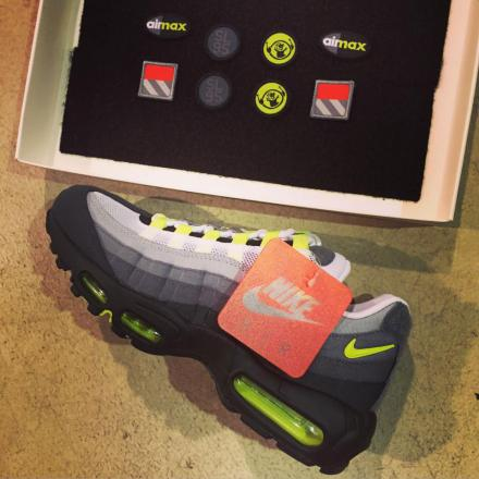NIKE AIR MAX 95 PATCH COOL GREY/WHITE-NEON YELLOW